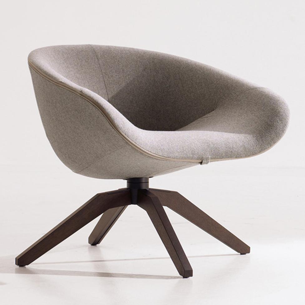 swivel armchair mart 2012 by b b italia. Black Bedroom Furniture Sets. Home Design Ideas