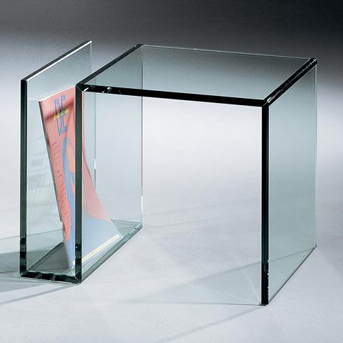 Janus 3 Kleiner Glas Beistelltisch Von Dreieck Design