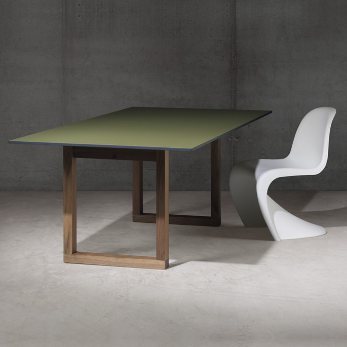 sc 25 tisch hpl farbig holz von janua. Black Bedroom Furniture Sets. Home Design Ideas