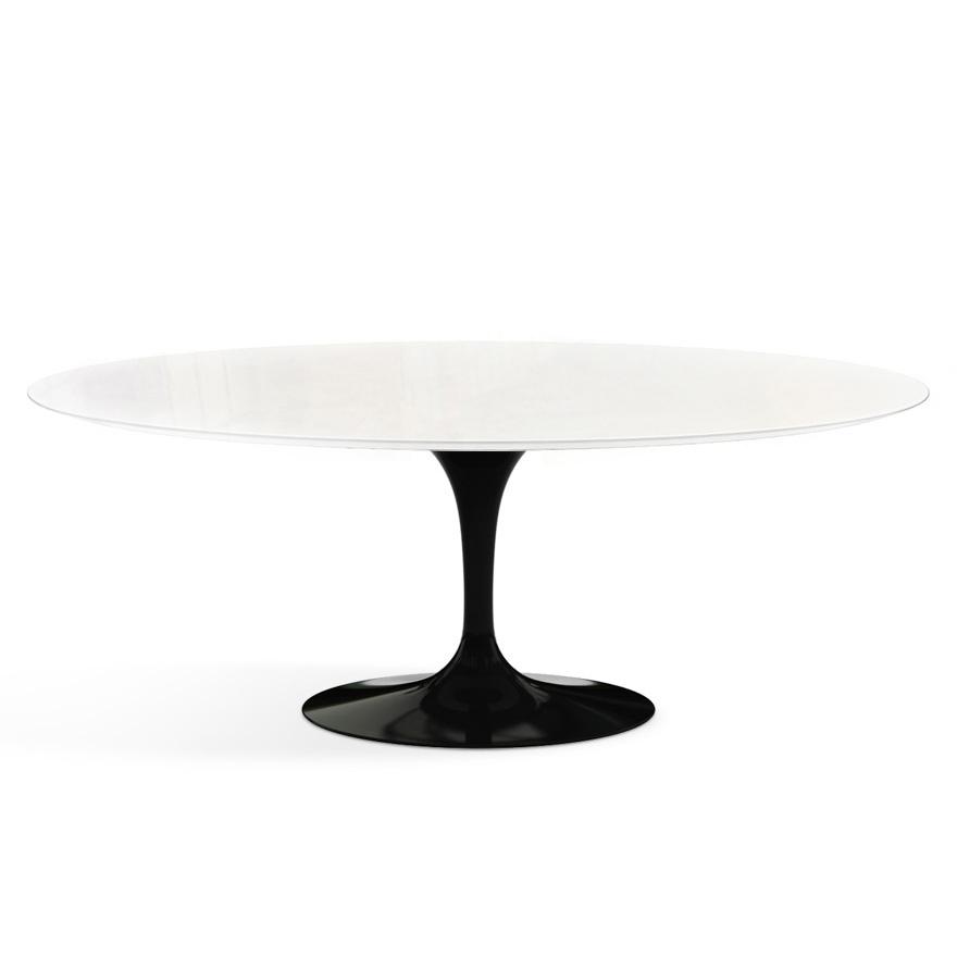 saarinen outdoor tisch oval von knoll international. Black Bedroom Furniture Sets. Home Design Ideas