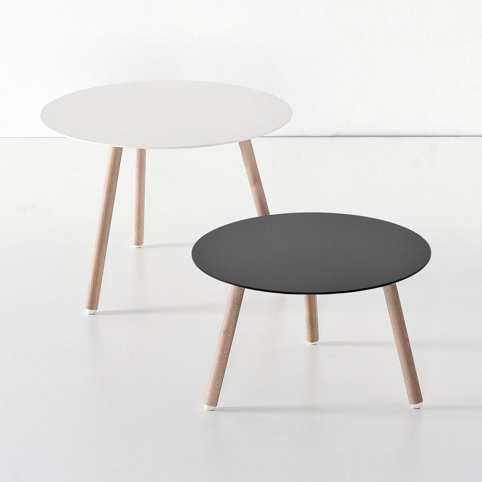 Bcn coffee table by kristalia for Table kristalia