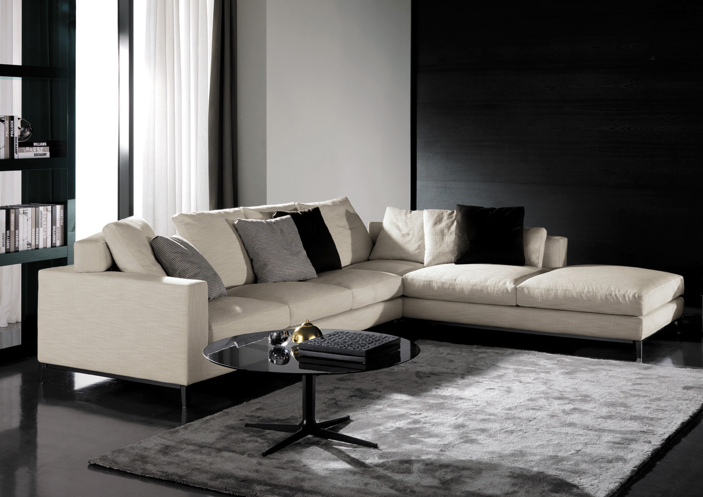 andersen sofa by minotti. Black Bedroom Furniture Sets. Home Design Ideas