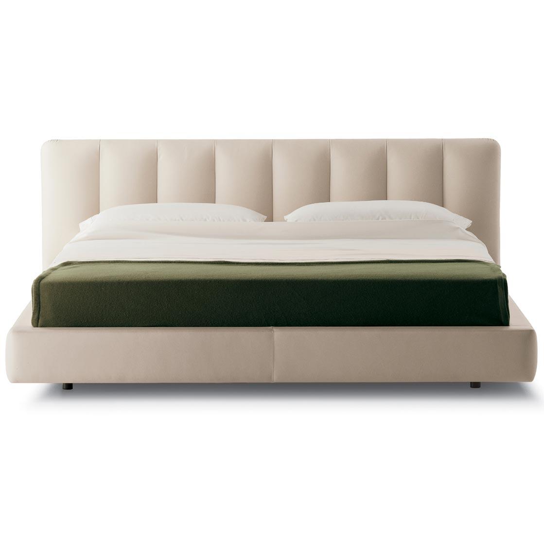 bed flavia by poltrona frau. Black Bedroom Furniture Sets. Home Design Ideas