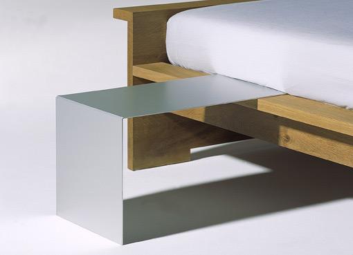 moonwalker nachttisch von richard lampert. Black Bedroom Furniture Sets. Home Design Ideas