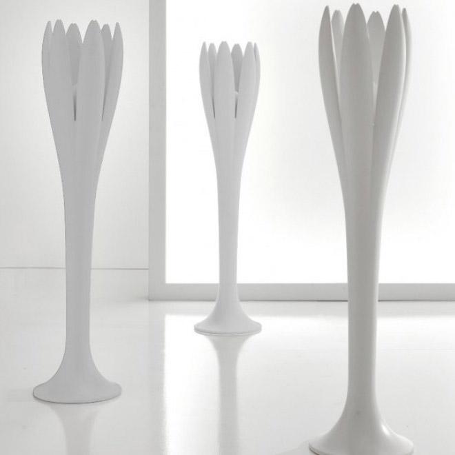 kleiderst nder eos light von bonaldo. Black Bedroom Furniture Sets. Home Design Ideas