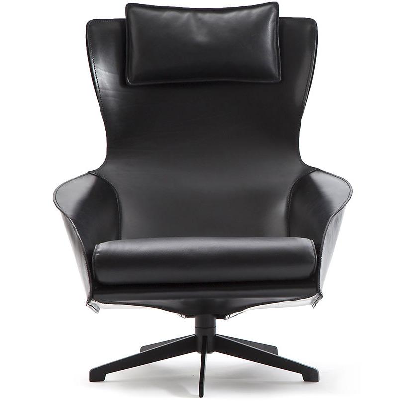 cab lounge sessel von cassina. Black Bedroom Furniture Sets. Home Design Ideas