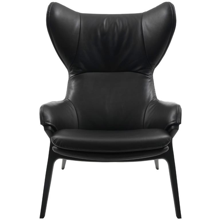 p22 ohrensessel von cassina. Black Bedroom Furniture Sets. Home Design Ideas