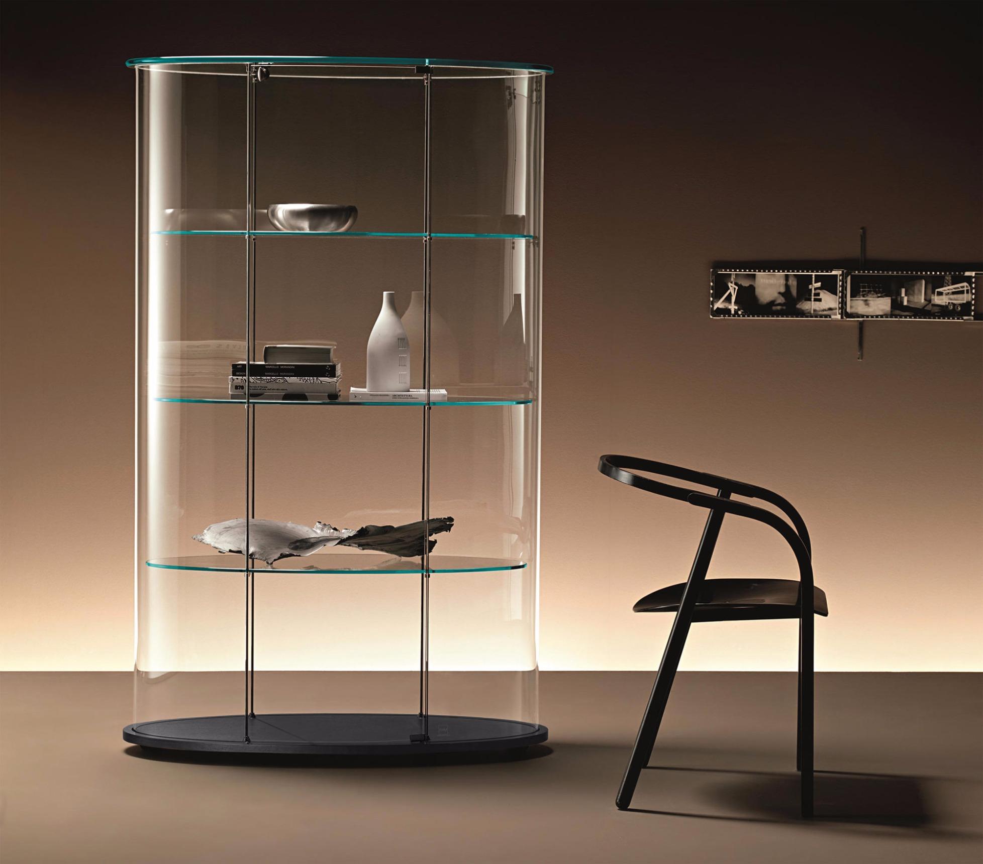 glasvitrine palladio uno von fiam. Black Bedroom Furniture Sets. Home Design Ideas